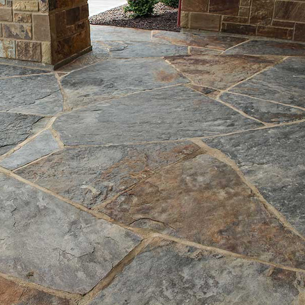 Earthworks Shawnee Blue/Brown Flagstone & Steppers